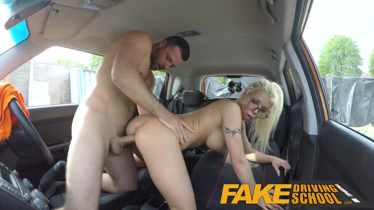Big Tit Blondes Threesome