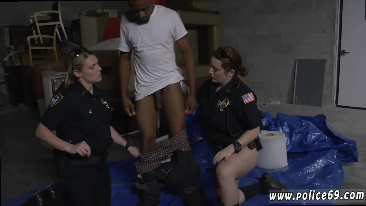Professional cheerleaders pussy slip