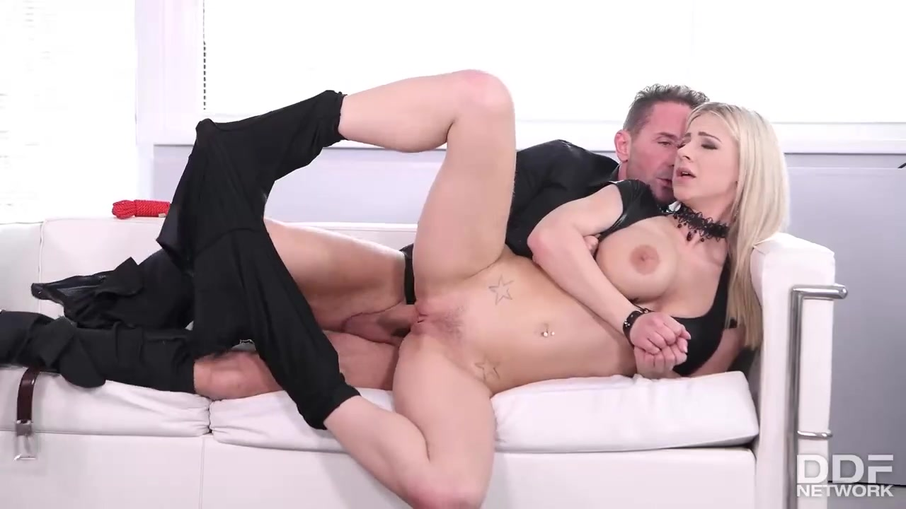 Nasty Hot Afro Whore Penetrated
