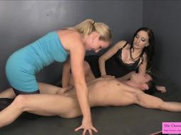 Bondage handjob porno